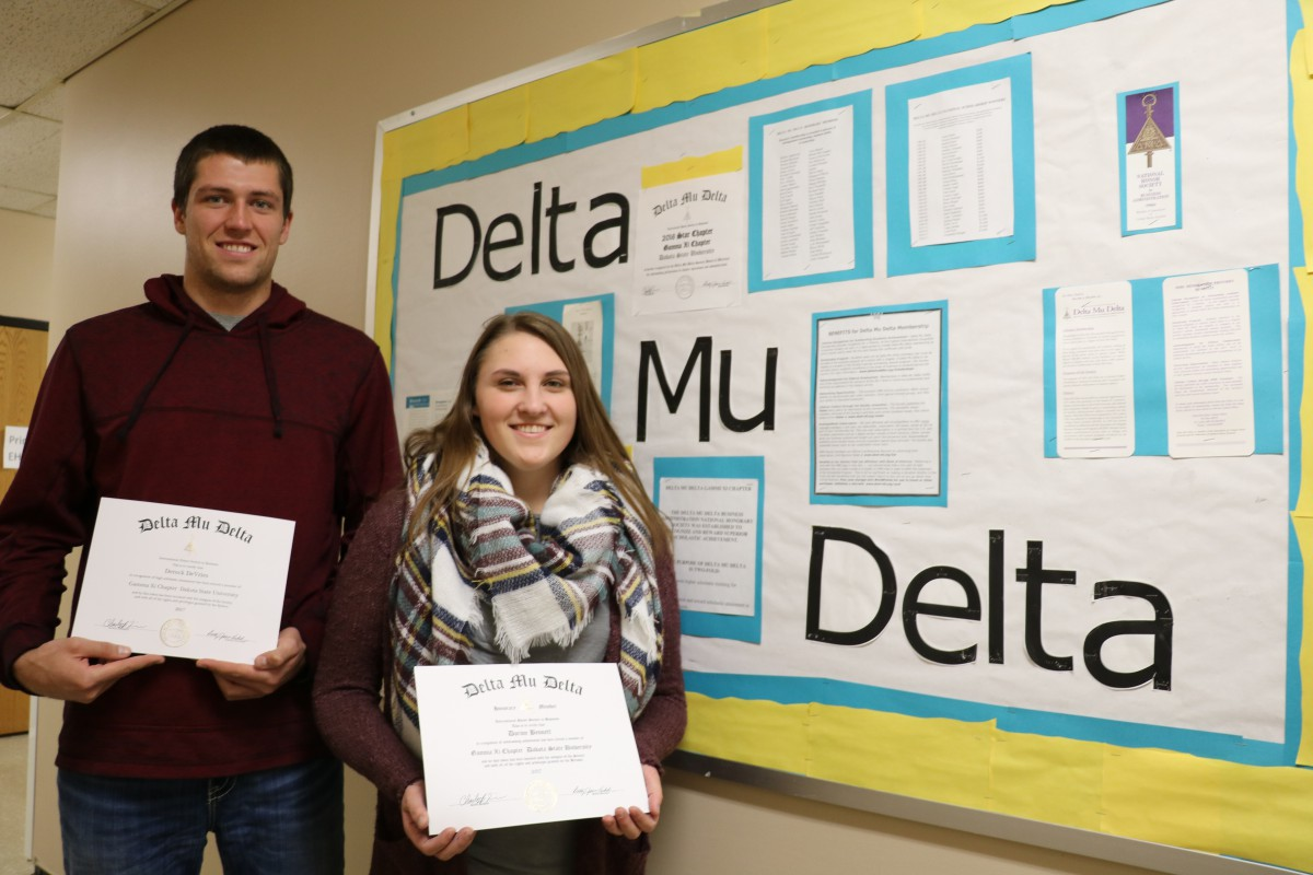 Dereck DeVries (left) and Shannon Meyer